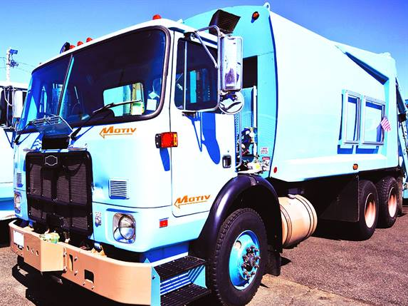 The City of Chicago's all-electric refuse trucks will be equipped with an electric powertrain control system (ePCS) from Motiv Power Systems. The trucks will carry 10 battery packs and have a range of more than 60 miles. Photo: Motiv Power Systems