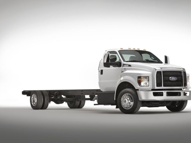 The new system can save fleets in excess of $50,000 per truck over the lifecycle of thatasset with reduced fuel and maintenance costs based on diesel atcurrent prices. (PHOTO: FORD MOTOR CO.)