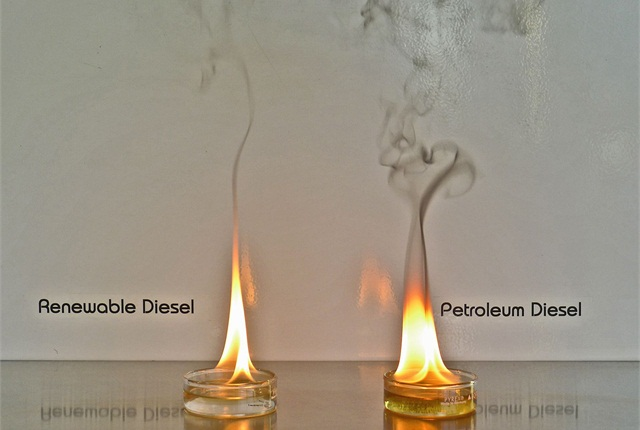 Renewable diesel burns cleaner than regular diesel, releasing less carbon, as shown in this photo. Photo courtesy of Eugene Water & Electric Board