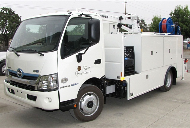 The 2014 Hino 195H hybrid service truck utilizes hybrid electric drive technology to reduce fuel consumption by up to 30% over that of a conventionally powered truck. Photo courtesy of Sonoma County