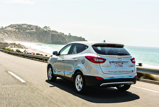 The Tucson Fuel Cell lease program comes standard with unlimited complimentary hydrogen fueling and At Your Service Valet Maintenance. Photo courtesy of Hyundai