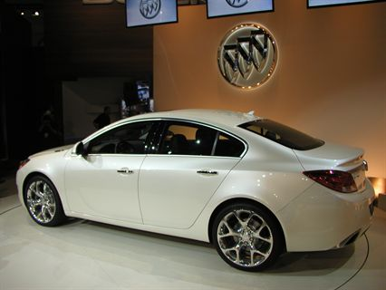2012 buick lacrosse with eassist to achieve 37 mpg news automotive fleet. Black Bedroom Furniture Sets. Home Design Ideas