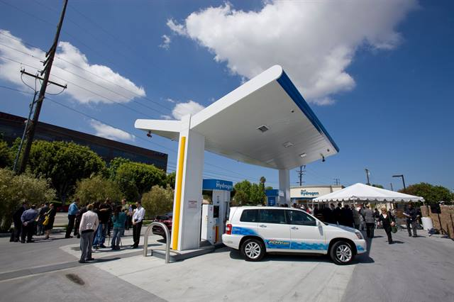 The first hydrogen fueling station in the U.S., which opened in 2011, was built adjacent to the Toyota sales and marketing headquarters campus in Torrance, Calif. Photo courtesy of Toyota.
