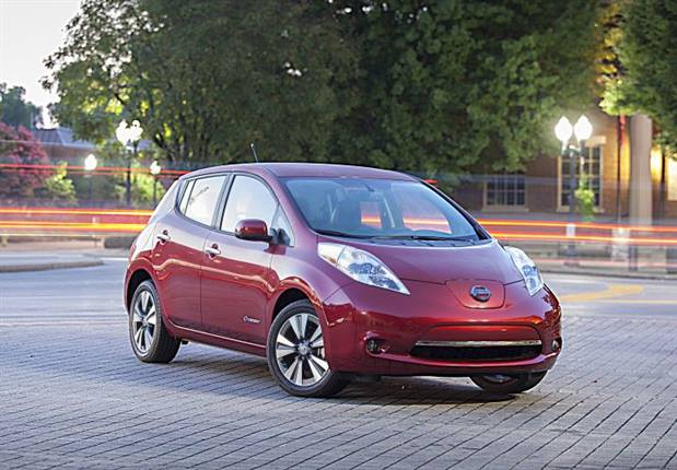 Photo of 2014 LEAF courtesy of Nissan.