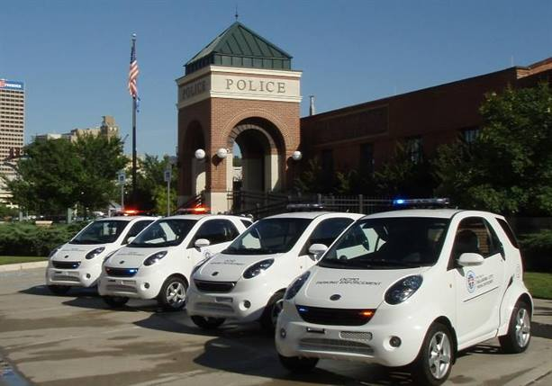 """<p><span>The Oklahoma City Police Department recently</span><a href=""""http://www.news9.com/story/18438604/okc-police-roll-out-green-parking-enforcement-cars"""" target=""""_blank"""">purchased four Wheego Whips for their parking patrol</a><span>.</span></p>"""