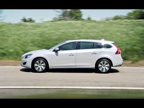 The Volvo V60 Plug-in Hybrid on a test track