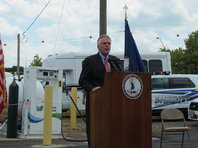 Photo of Gov. McAuliffe courtesy of Virginia Department of General