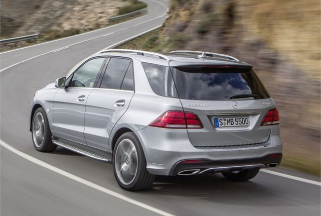 Photo of Euro-spec 2016 GLE courtesy of Mercedes-Benz.