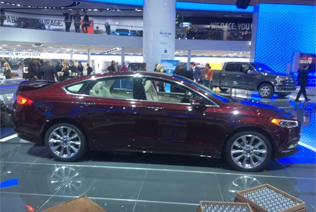 Photo of 2017 Fusion Platinum by Mike Antich.