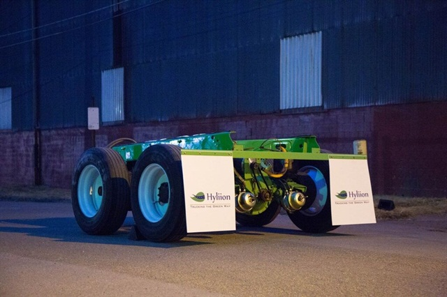 When ready in mid-2017, the product would be a complete tandem with axles, suspension, brakes and drive components. It would replace a trailer's standard tandem. Photos: Hyliion Inc.