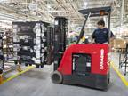 Hydrogen-powered forklift at the BMW Plant in Spartanburg, S.C. (Photo: BMW Manufacturing)