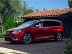 Photo of the 2017 Chrysler Pacifica minivan courtesy of FCA US.
