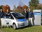 (L-R) Eaton's Bill Weber and Kevin McLean, Notre Dame Executive Vice President John F Affleck-Graves and Eaton's Dave Bucklew showcase Eaton's EV Quick Charger (far right). (Photo: Business Wire)