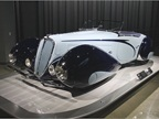 The 1938 Delahaye Type 135M used a streamlined arc known as a  French