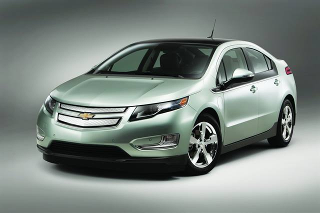 <p>With an EPA-estimated driving range of 379 miles, the Chevrolet Volt can drive gasoline- and tailpipe-emissions free for the first 35 miles using a full charge.</p>